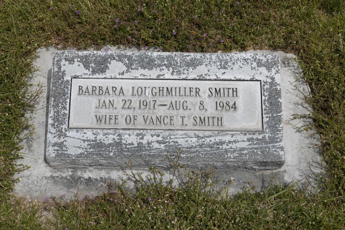 Barbara Loughmiller Smith Headstone
